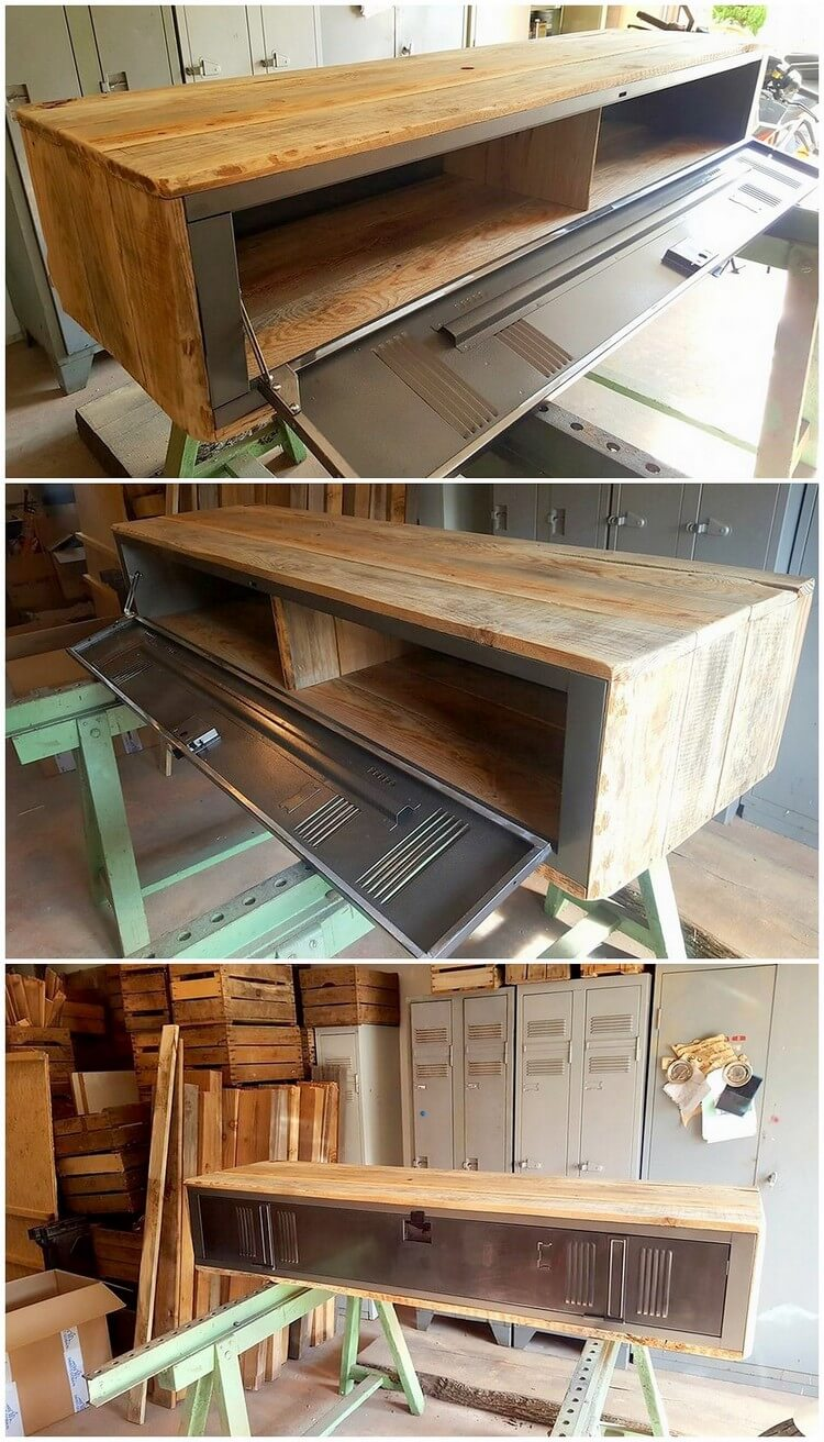 Wood Pallet Media Table