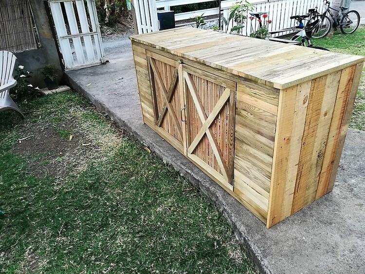 Wood Pallet Pool Pump Furniture