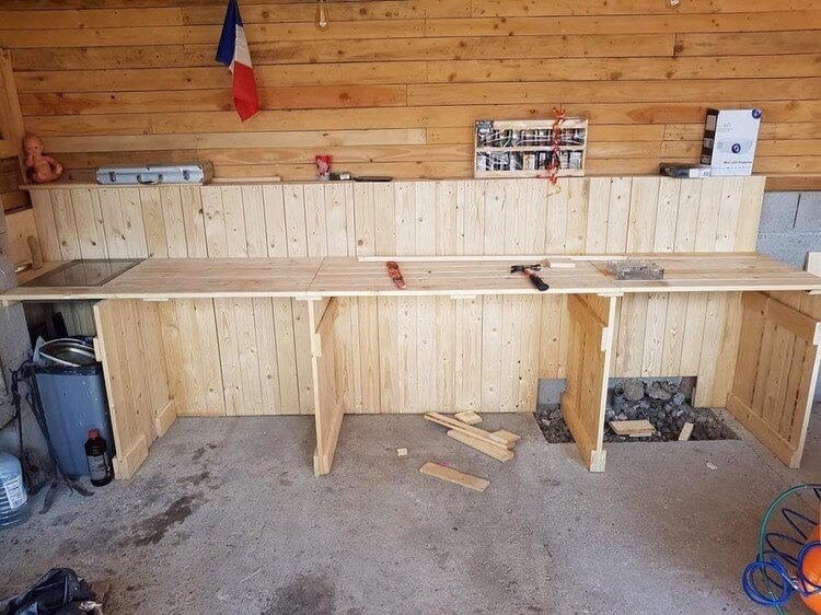 Wooden Pallet Mud Kitchen