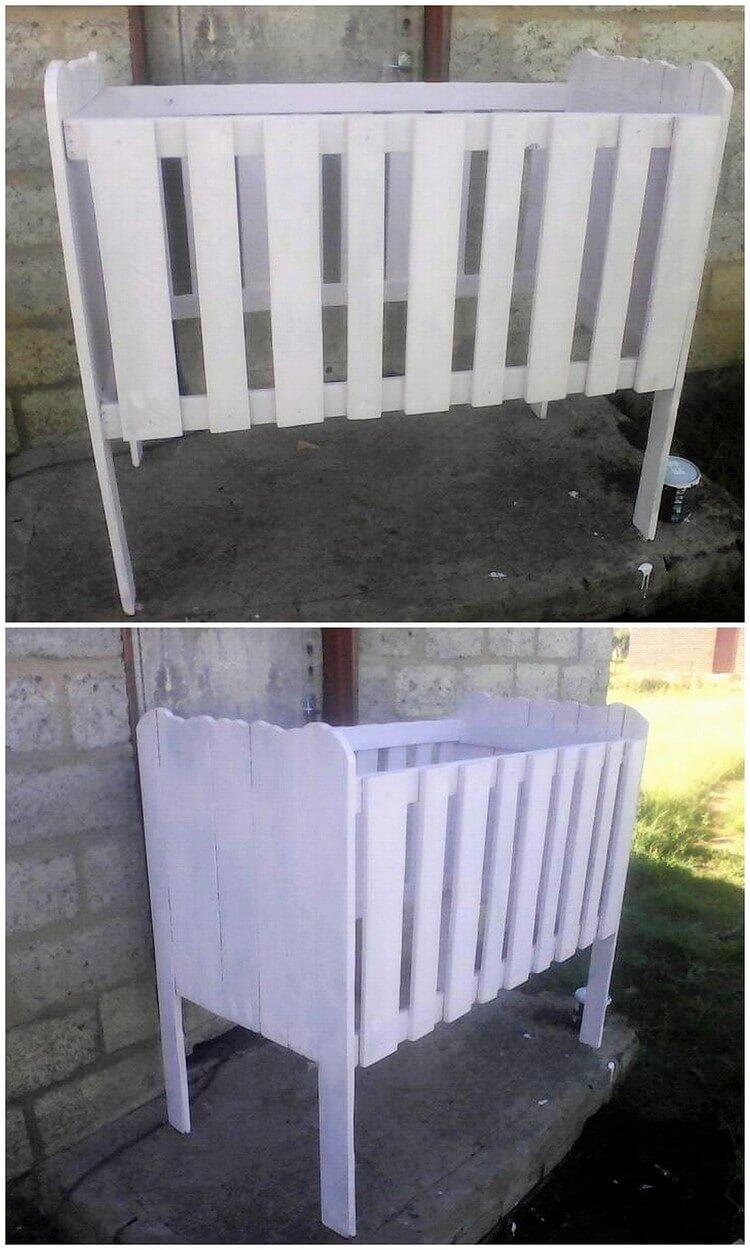 DIY Pallet Infant Bed (2)