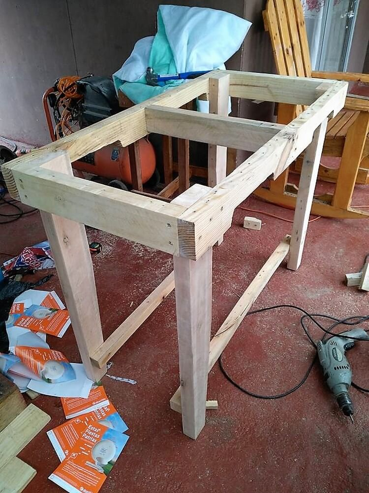 DIY Pallets Table