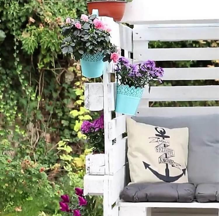 Pallet Outdoor Seating Area