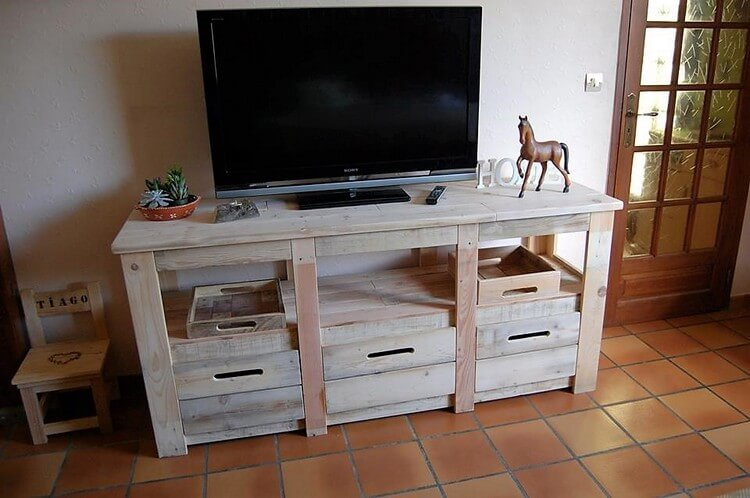 Pallet TV Stand Media Cabinet with Drawers