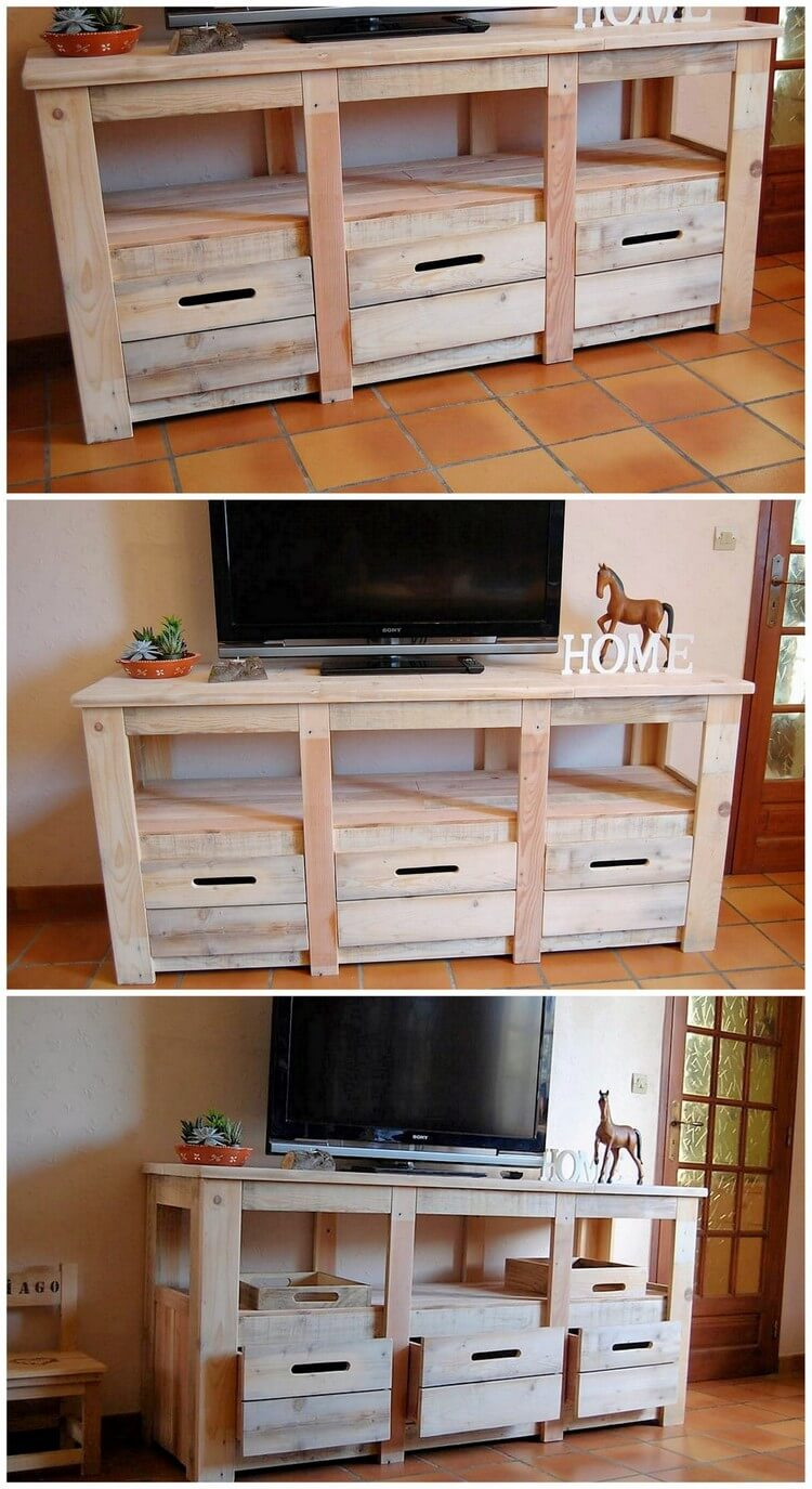 Wood pallets media cabinet tv stand pallet wood projects for Table tv bois