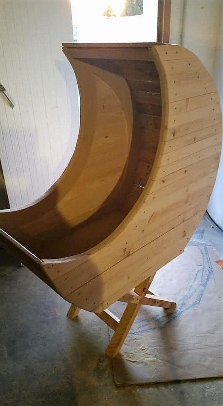 Pallet Wooden Half Moon Cradle Chair