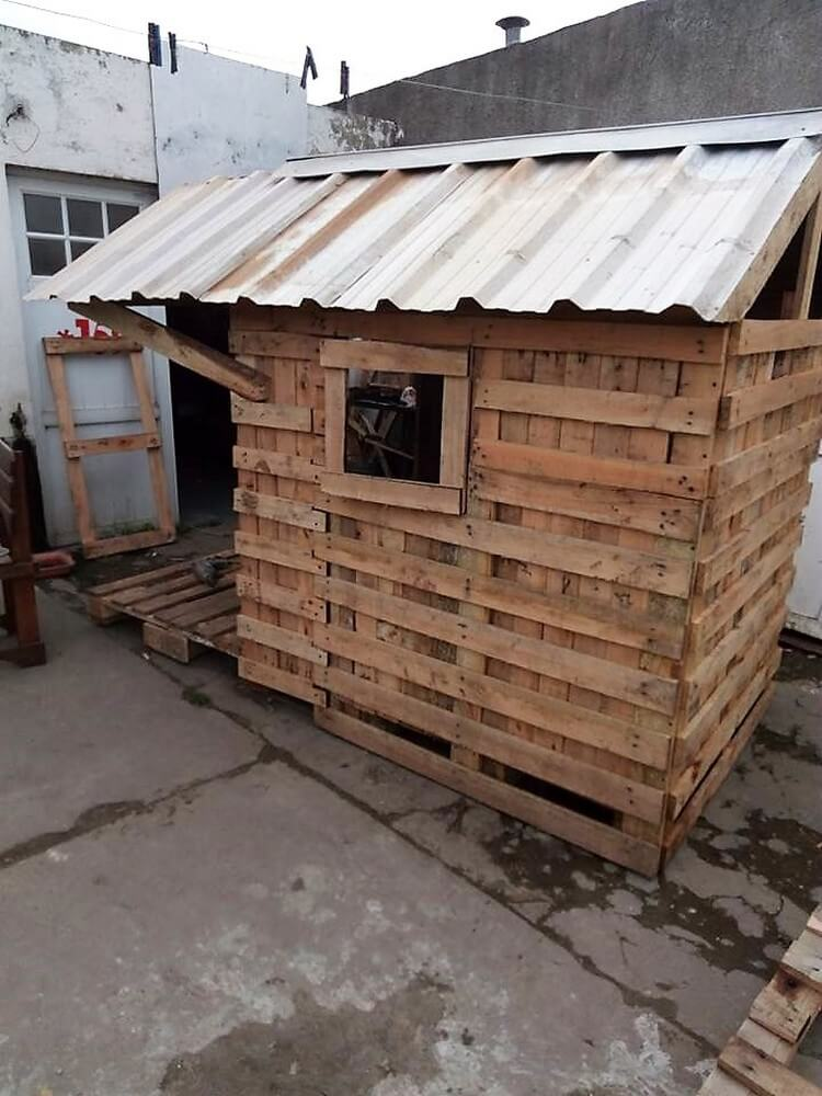 Recycled Pallets Playhouse