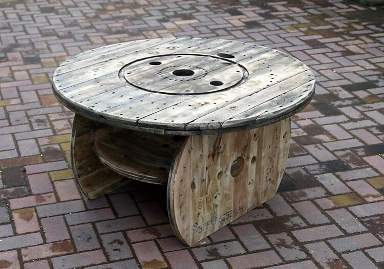 Pallet and Cable Reel Round Top Table