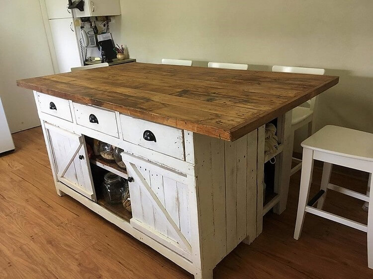 Pallet Island Table