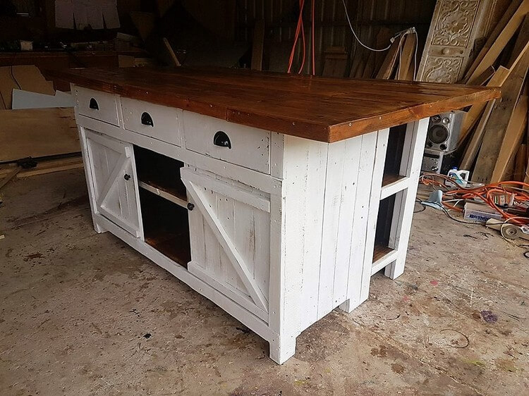 Wood Pallet Kitchen Island