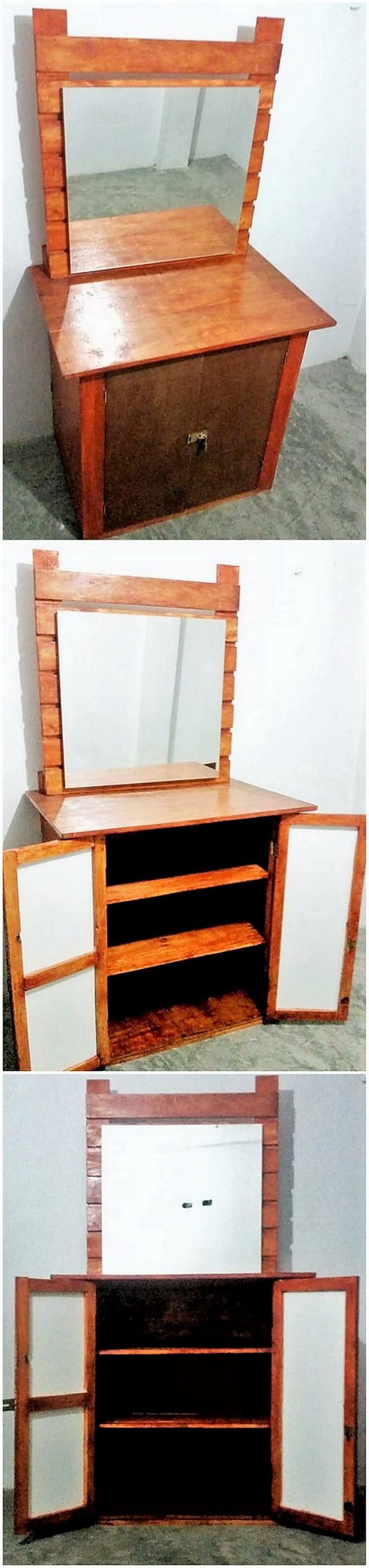 Pallet Dressing Table with Mirror