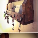 Pallet Wall Shelf with Key Rack
