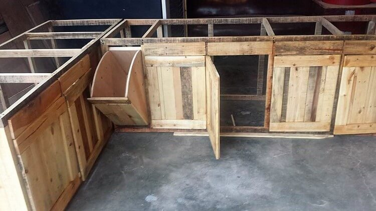 Diy Wood Pallet Kitchen Cabinets Pallet Wood Projects