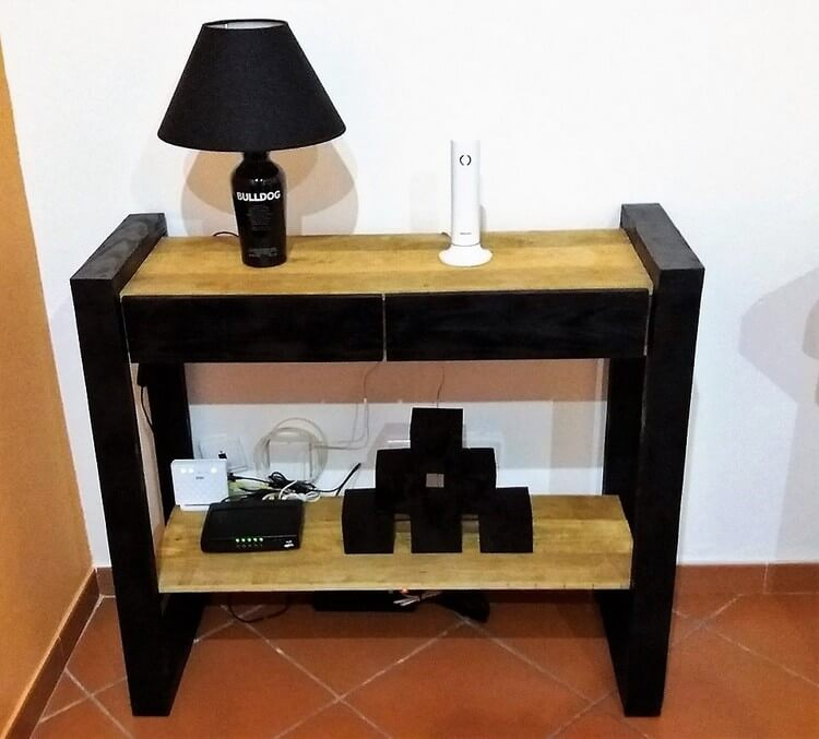Wood Pallet End Table