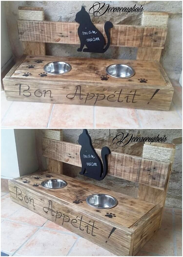 Pallet Dog Bowl Stand