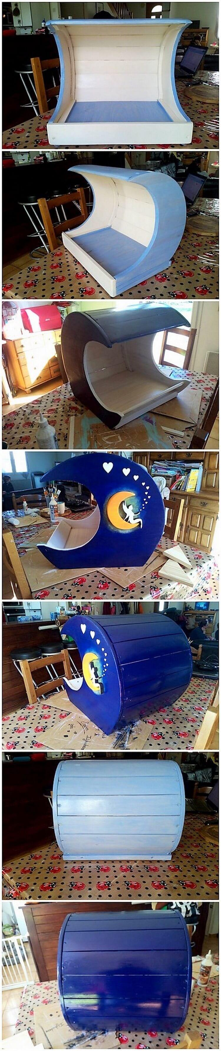 Pallet Half Moon Cradle